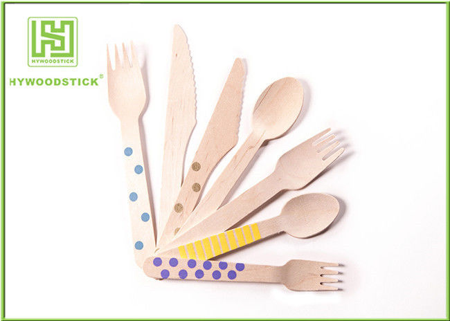 100% Natural Eco Friendly Dishware With Wooden Disposable Spoons Various Pattern